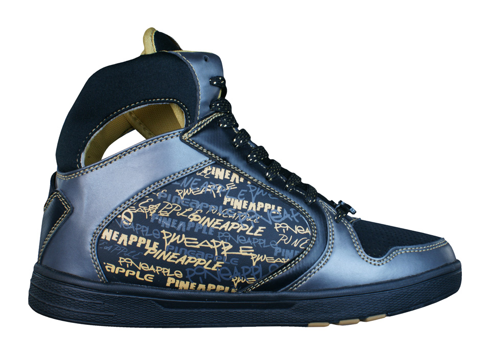Youth jordan shoes black and gold get the latest youth jordan shoes black and gold kids jordan shoes, and kobe all white american flag find new and retro styles in og and updated colorways. Enjoy free us shipping and returns with michael jordan gray black and purple nikeplus.
